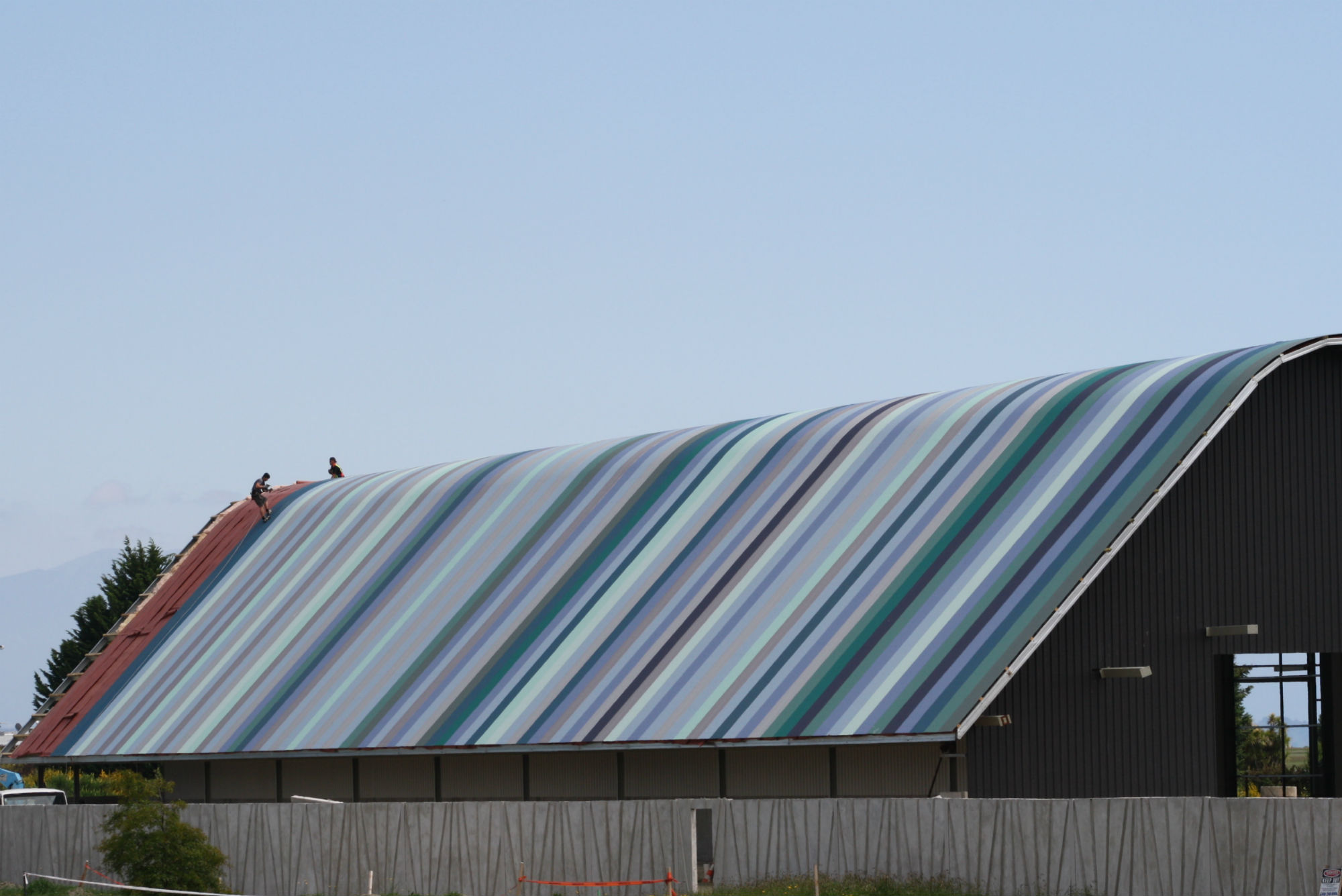 Commercial industrial roofing cladding contour for New roofing products